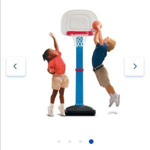 NWT Little Tikes TotSports Easy Score Adjustable Basketball Set